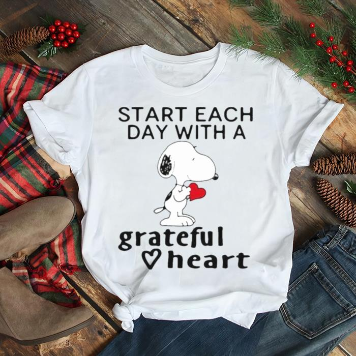 Start each day with a grateful heart snoopy shirt